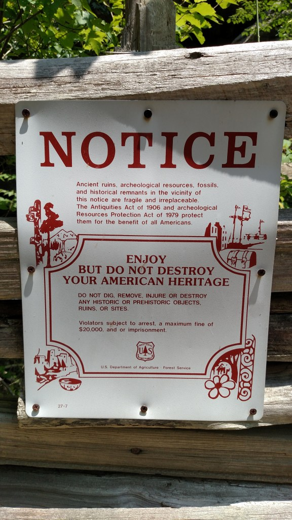 Heritage sign