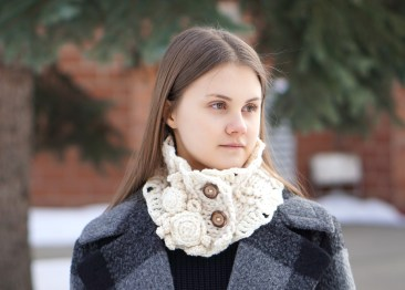 rose collar scarf chunky ivory3