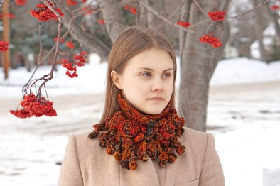 rose onie collar scarf chunky orange3