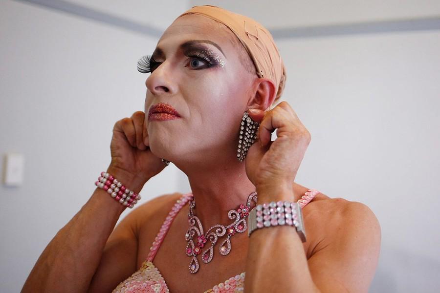 кто такие мужчины трансвеститы