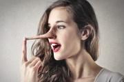 Как узнать, что девушка врет: секреты разоблачения