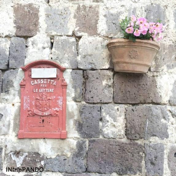 dettagli del borgo di Casertavecchia