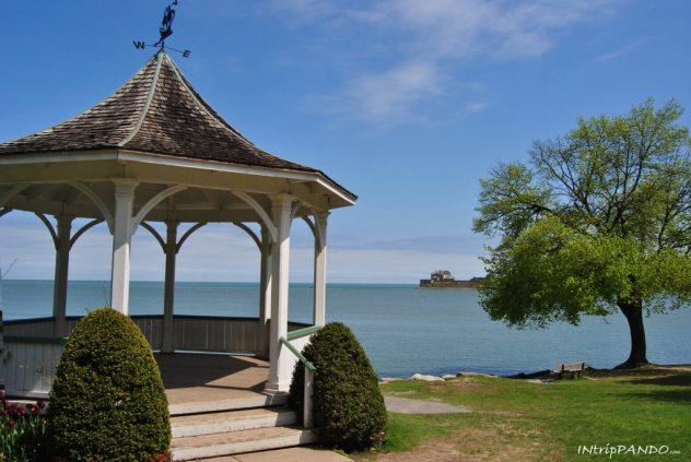 Gazebo sul lago a Niagara on the lake