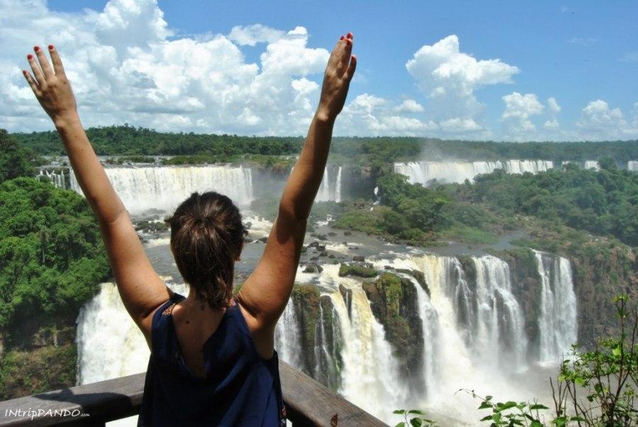 Spettacolare panorama delle cascate di Iguazu
