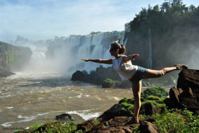 In equilibrio alle cascate di Iguazu
