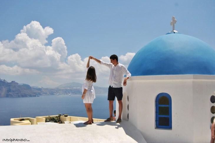Ballando sui tetti di Oia