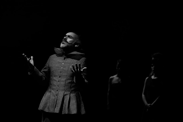 Crítica da peça Don Juan Esfaqueado na Avenida da Liberdade, apresentada no Teatro Municipal São Luiz a 18/11/2018 | INTRO