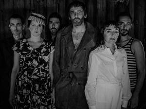 Crítica da peça O Arranca-Corações, baseada no livro homónimo de Boris Vian, apresentada a 17 de Fevereiro de 2019 no Teatro Municipal São Luiz | INTRO