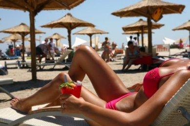beach-bikini-drink-fashion-Favim.com-1155889