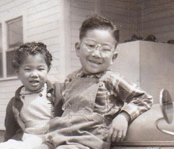 Dick-Inukai-Childhood-Automobile-4_350x300