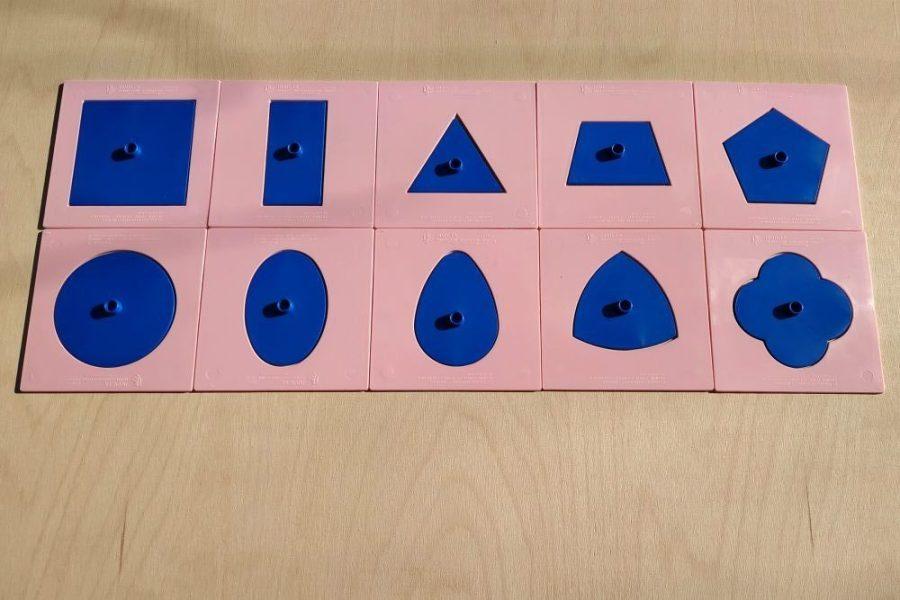 Inserturile geometrice Montessori