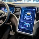 Tesla Autopilot Crashes into a Cop Car While Driver Was Watching a Movie
