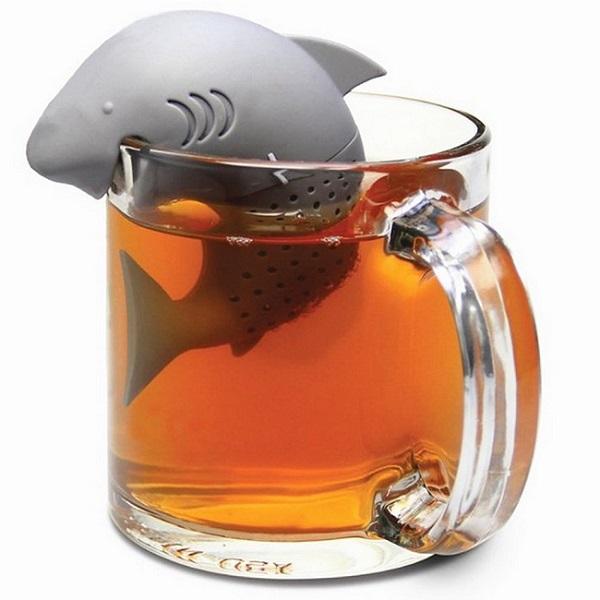 Le requin infuseur de thé