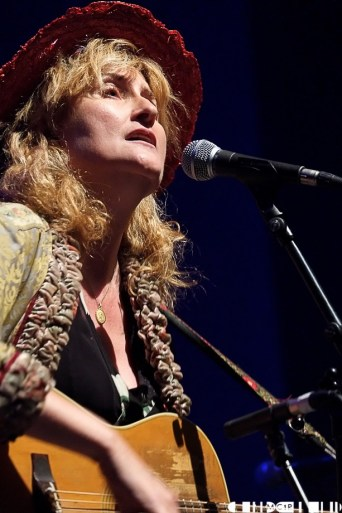 Eddi Reader 21 - A Night for Scotland: Vote Yes - Pictures