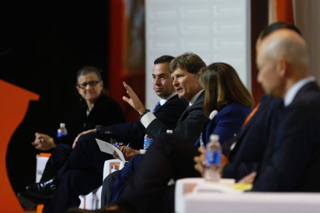 Business Summit 1