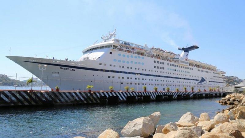 Zarpa Crucero Magellan desde Acapulco hacia el Pacífico