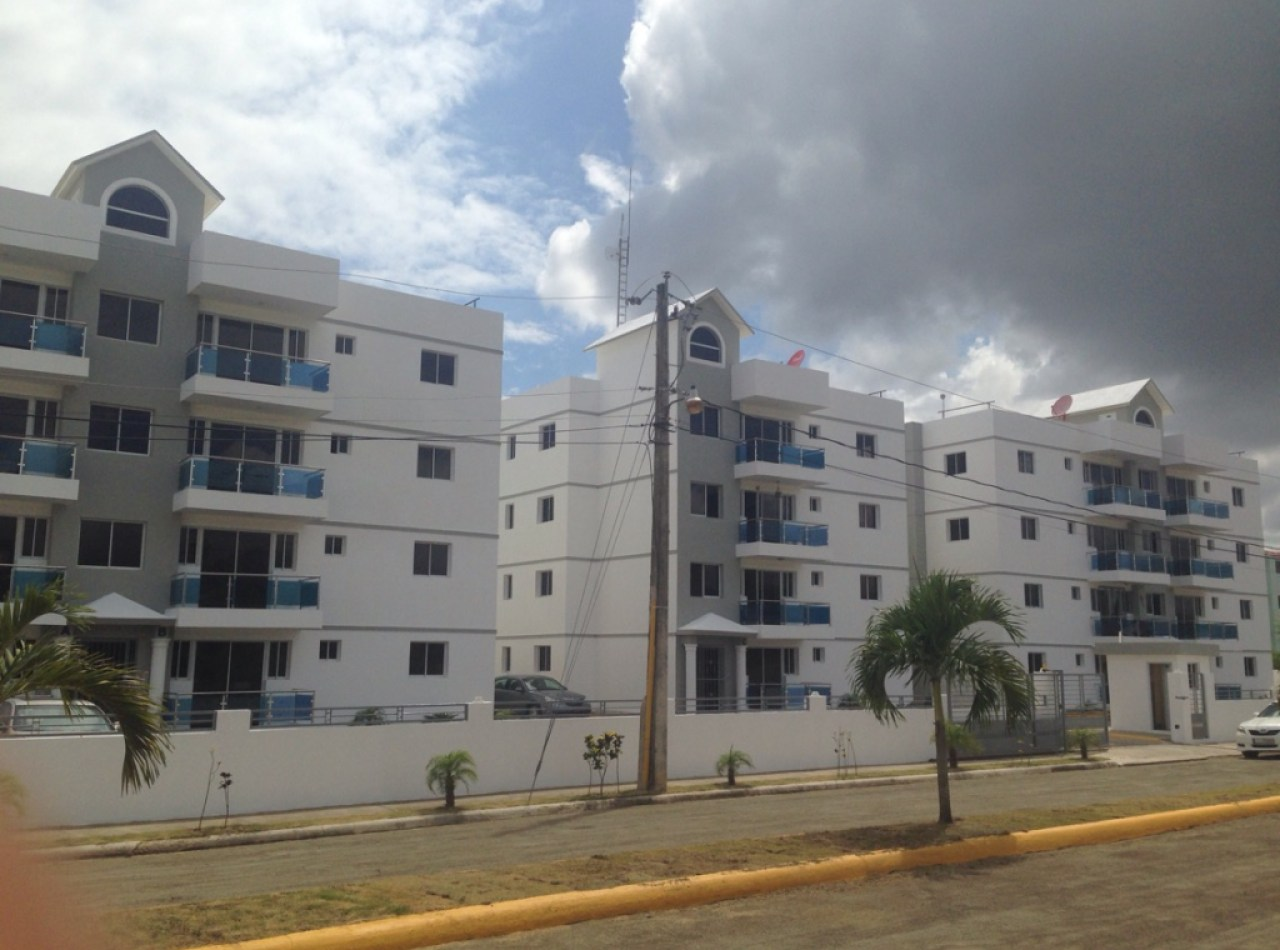 Apartamento en Complejo Cerrado de Llanos de Gurabo, Santiago