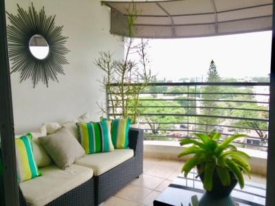 Lujoso Apartamento Amueblado, 265 Mts2 en la Torre Almirante, Santiago