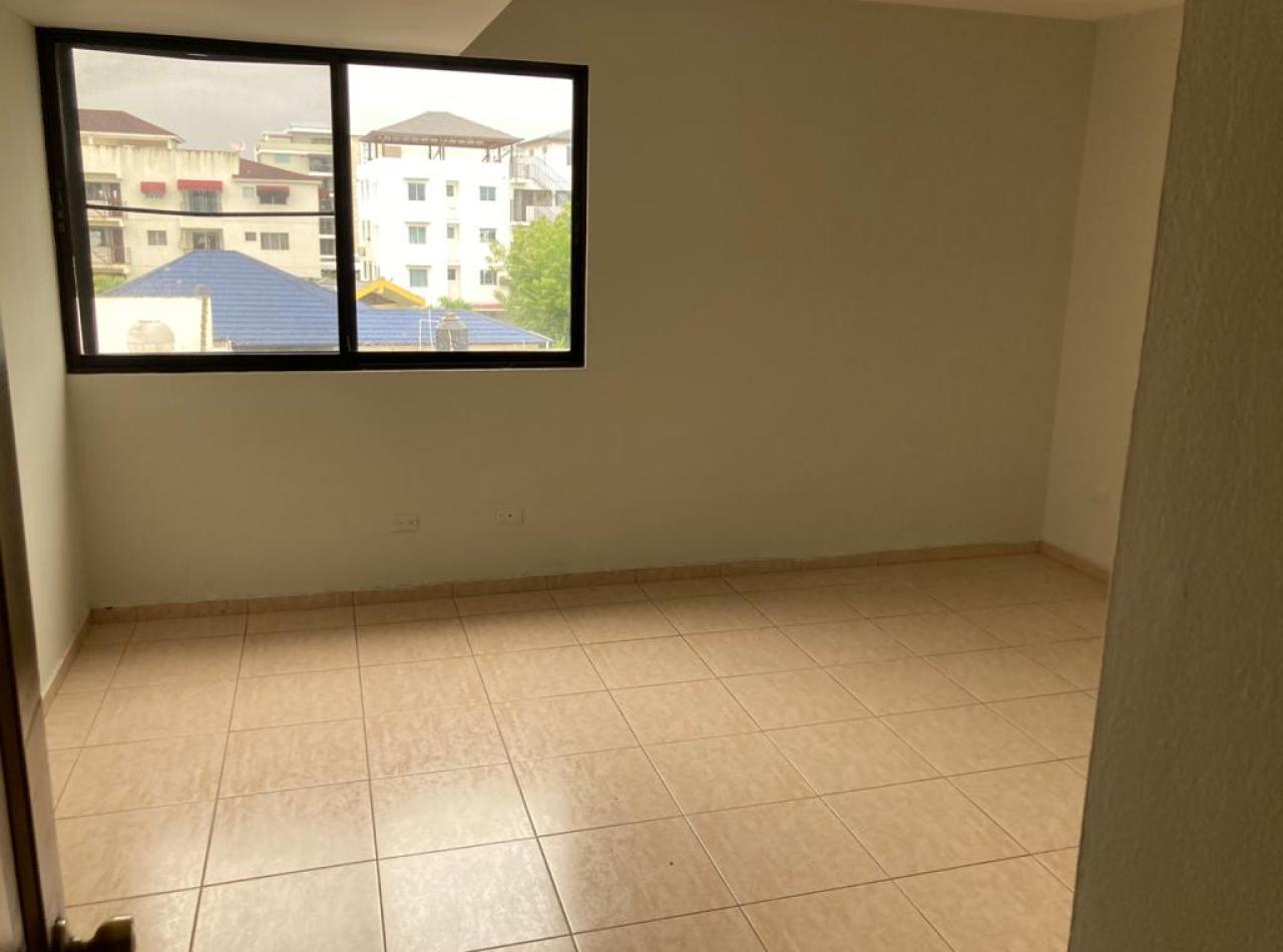 Apartamento en Alquiler, Residencial Evan, Embrujo I, Santiago.