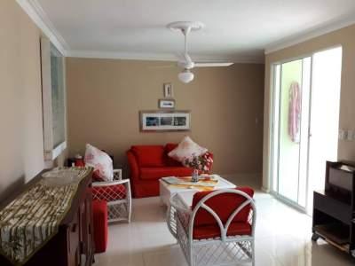 Apartamento Confortable en 4to Nivel, Cerro Hermoso, Santiago.