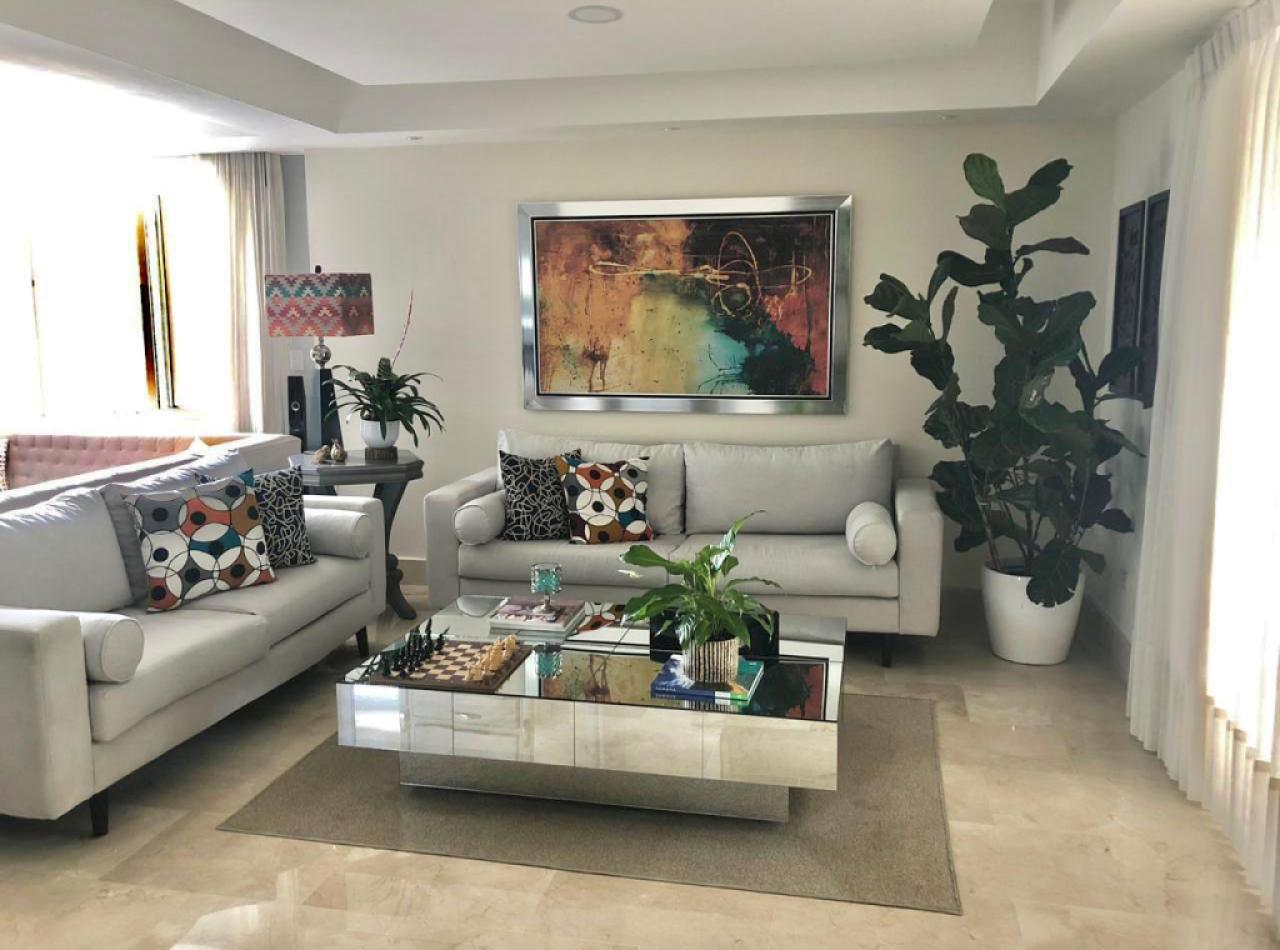 IVORY TOWER, Prestigioso Apartamento Disponible en La Trinitaria