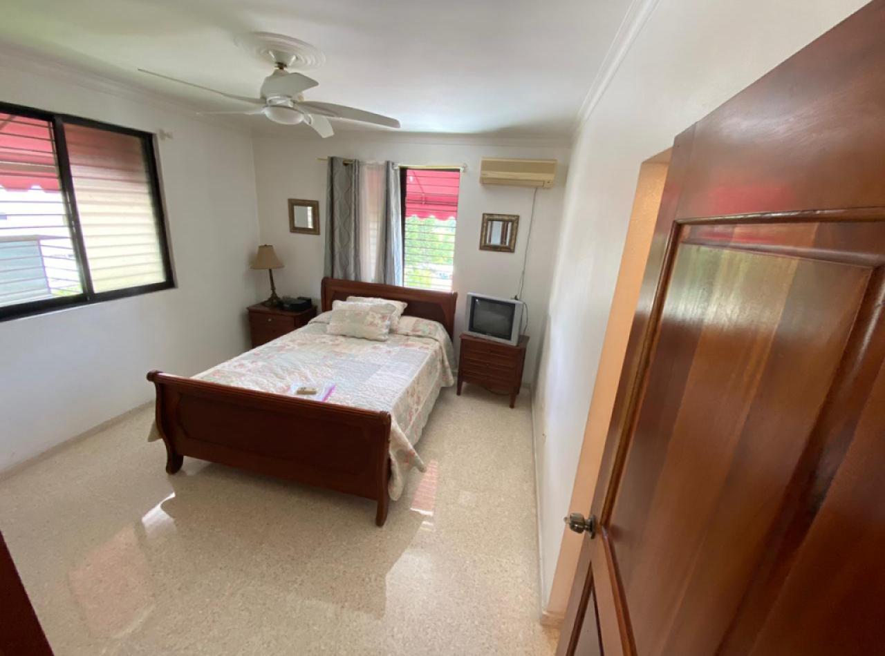 Residencial  D'Armando IV, Acogedor Apartamento en Cerros de Gurabo I, Santiago