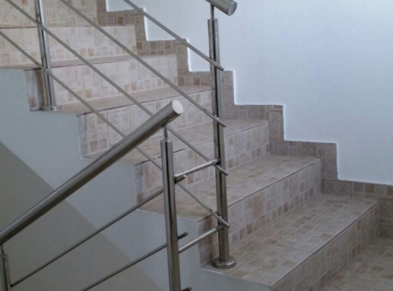 Residencial Brunis VIII, Acogedor 3er Nivel en Gurabo, Santiago