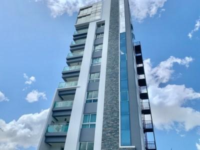 Precioso Apartamento en Venta, Torre Moderna, Los Jardines