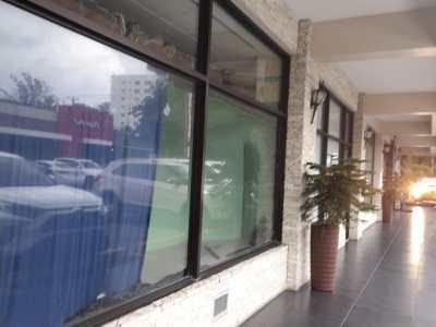 Se Alquilan Locales Comerciales en Importantes Plazas de Santiago