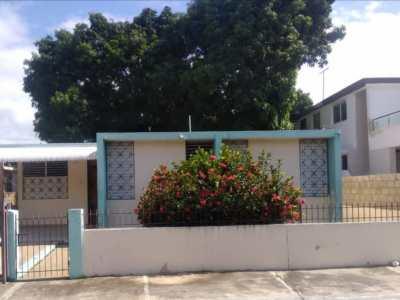 Casa de Oportunidad con Patio en Las Colinas