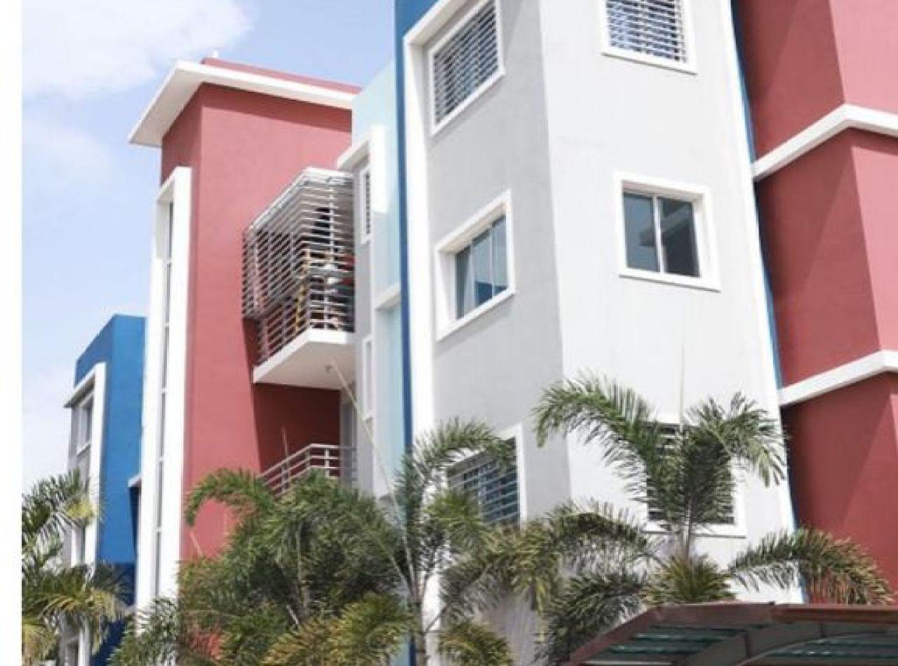 Apartamento en Proyecto Cerrado Disponible en Los Reyes