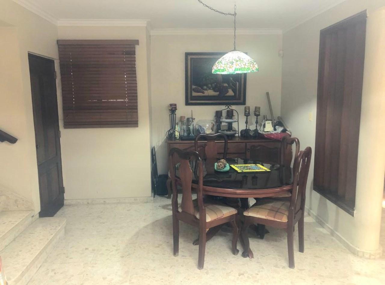 Casa Confortable en Venta, Residencial Cerrado