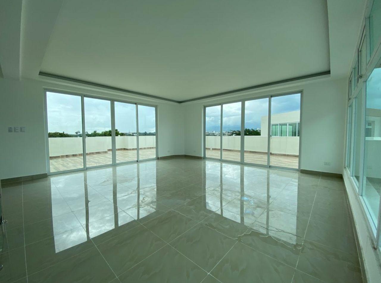 Nuevo Penthouse con Terraza Techada, 209 Mts2 Próximo al Monumento