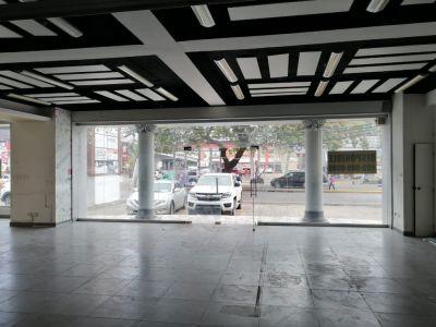 Local Comercial en Alquiler con Excelente Ubicación