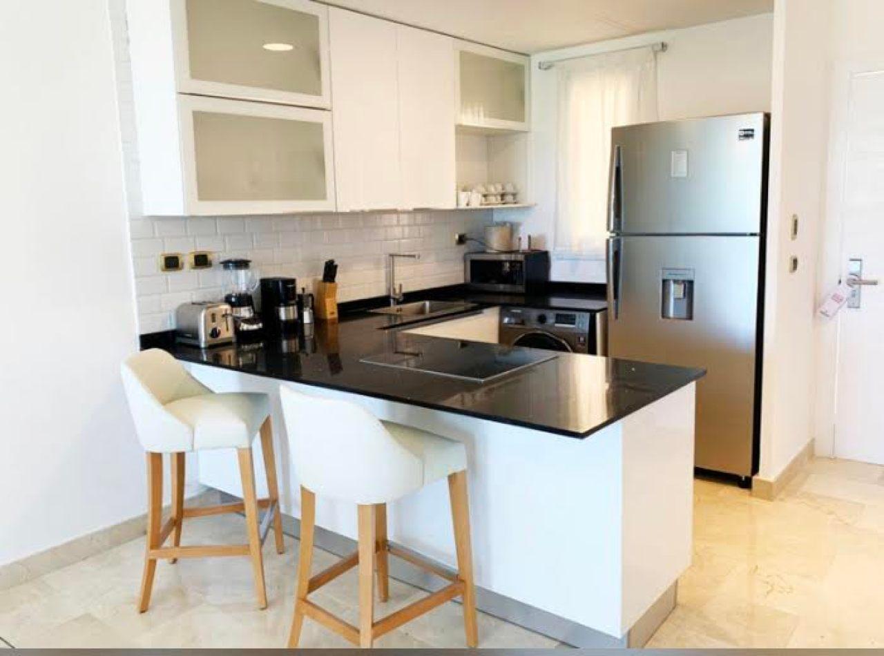 Cana Rock Condominios de Apartamentos en Ave. Hard Rock
