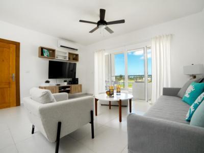 Apartamentos de Playa de 2 Habitaciones con Vistas al Campo de Golf