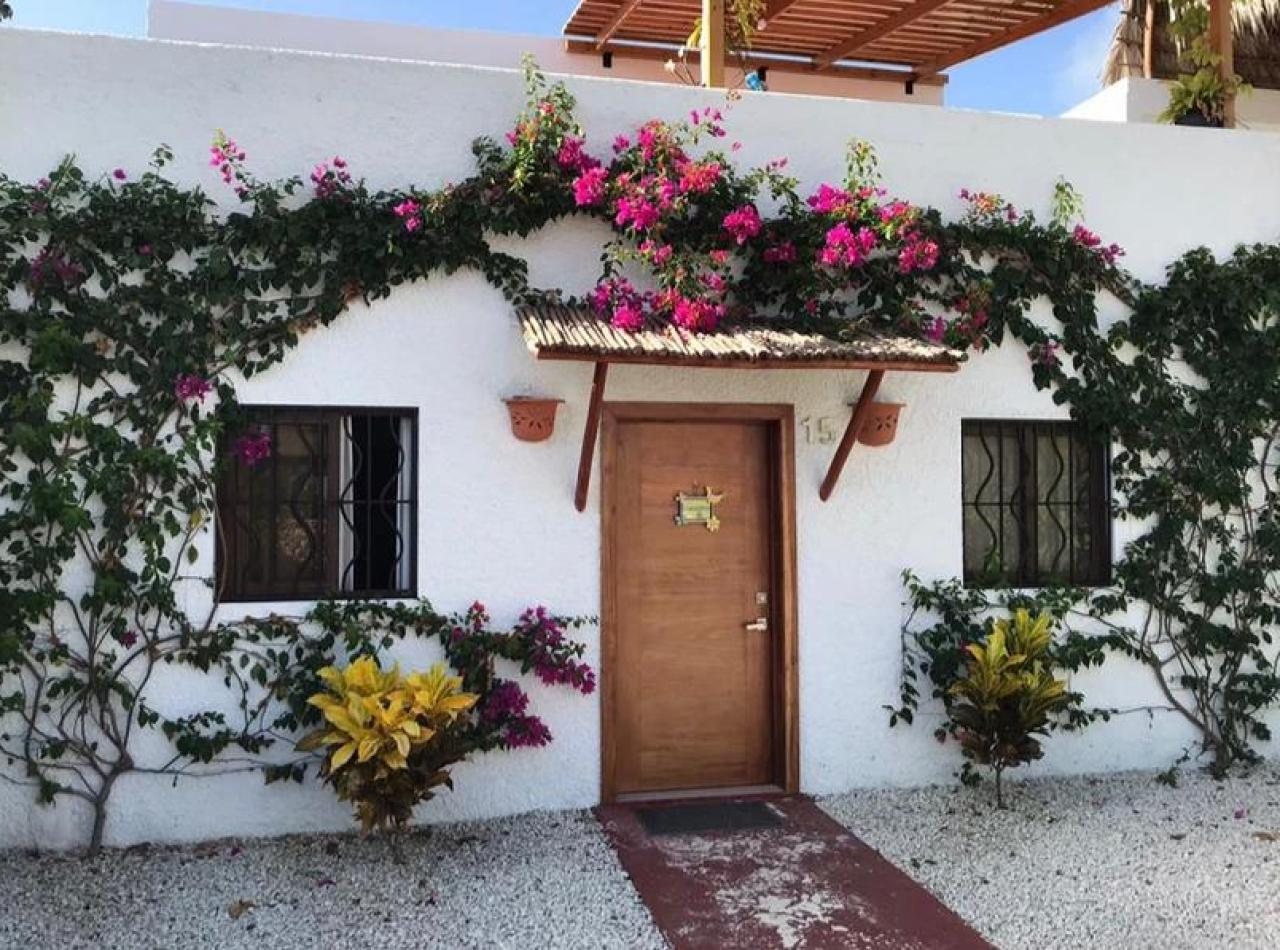 Hermosa y Acogedora Casa con Piscina en Privilegiada Ubicación