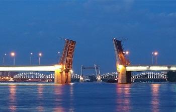Александра Невского мост