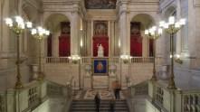 Francisco Sabatini. Escalera del Palacio Real con los Leones en la balaustrada. Foto: Wikipedia