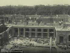 Proceso constructivo del edificio hacía 1913. Foto Frick Collection.