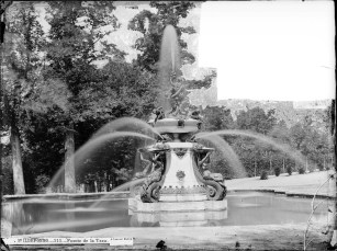 J. Laurent: Vista de la Fuente de la Taza en el Palacio de La Granja de San Ildefonso. Fondo IPHE.