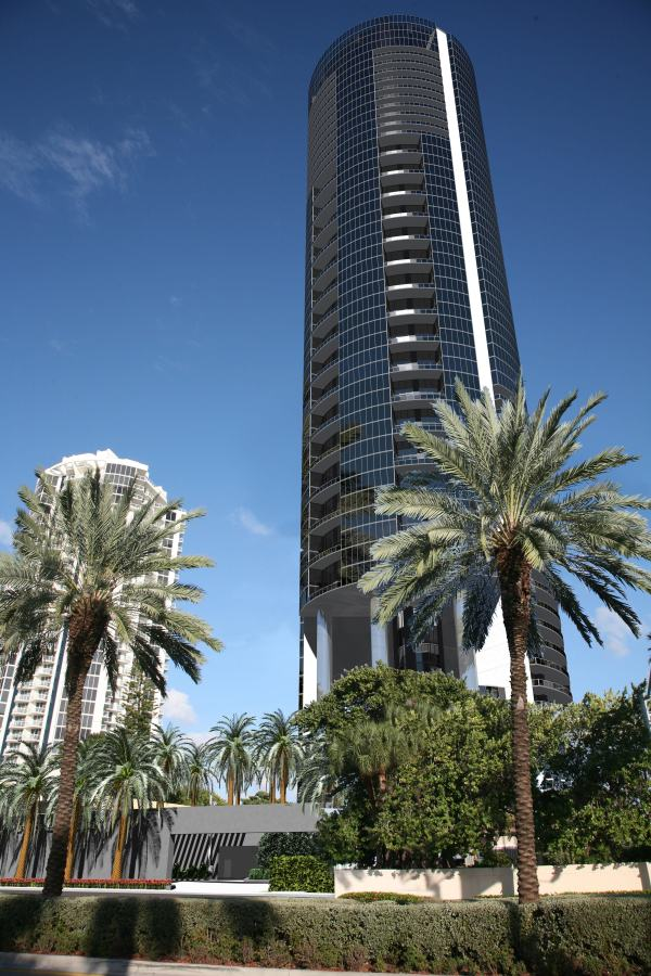 Porsche Design Tower >> Porsche Design Tower Development Sunny Isles 305 439 0926