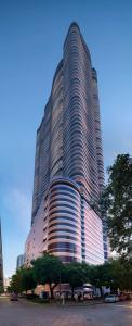 Brickell Flatiron Tower 2