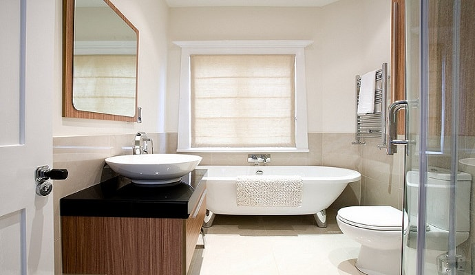 bathroom makeover home renovations-min