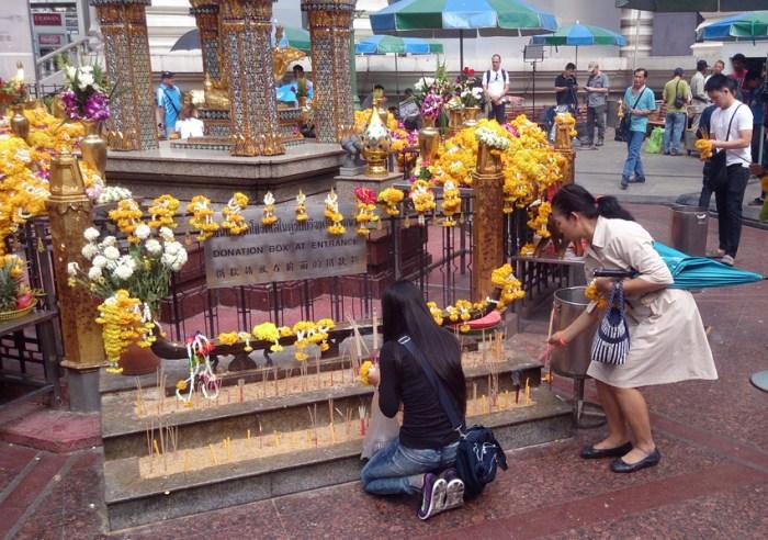 Bangkok_bomb attack2_Arno Maierbrugger