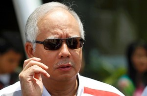 Najib with sunglasses