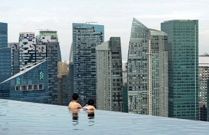 marina-bay-sky-pool