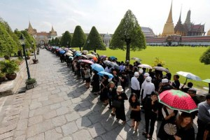 thai-king-mourning