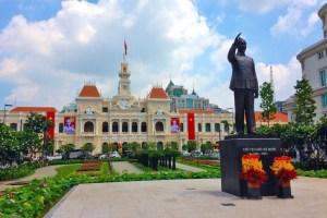 new-hcm-statue