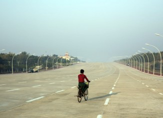Investment climate in Myanmar worsens over uncertainty, delayed reforms